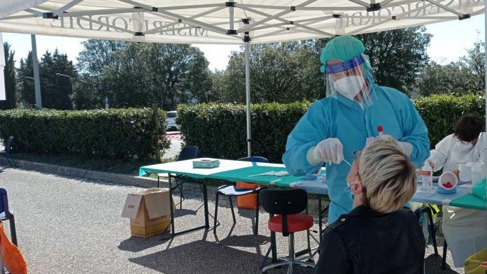 """Territori sicuri"" a Castellina in Chianti: 12 positivi su 807 tamponi"