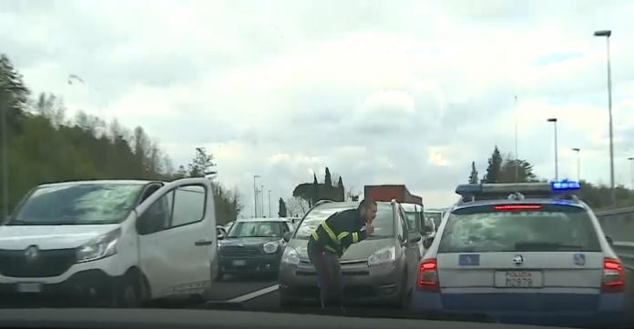 """Ristoratori manifestano bloccando l'A1. Del Monaco (Tni provincia di Siena): """"Riaprire a queste condizioni vuol dire fallire"""""""
