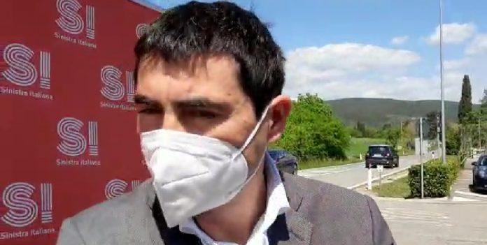 """Fratoianni (Sinistra Italiana): """"Gsk produca il vaccino Covid, silenzio azienda inaccettabile"""""""