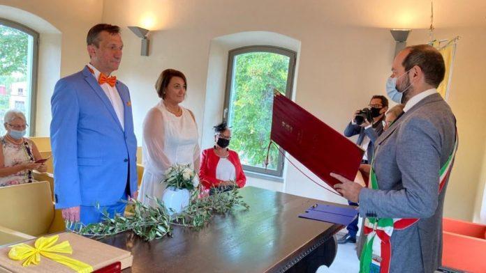 Gaiole in Chianti, il Comune dice sì ai matrimoni nelle location del territorio