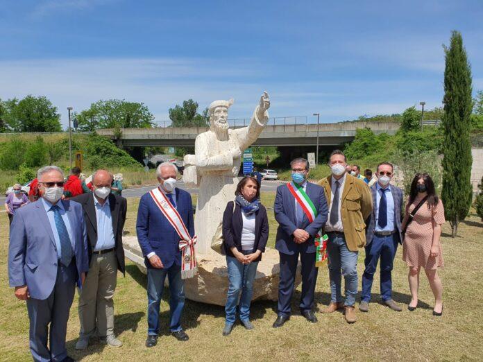 """Monteriggioni, inaugurata la """"La Rotonda del Pellegrino"""" all'uscita dell'Autopalio"""