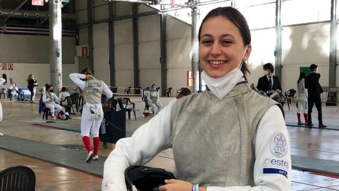 """Scherma, la cussina Camilla Bonechi nella """"top ten"""" del fioretto under 17"""