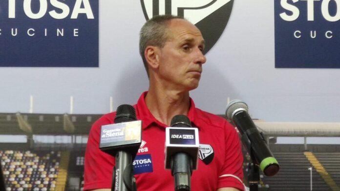"""Post partita Pianese – Acn Siena, Bacci: """"Fuorigioco di Arras? Errore arbitrale clamoroso"""""""