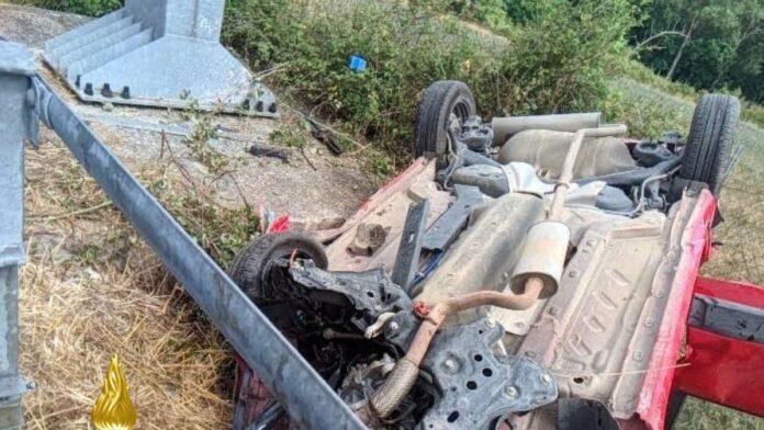 Incidente mortale sulla Siena-Bettolle, deceduta donna di 52 anni