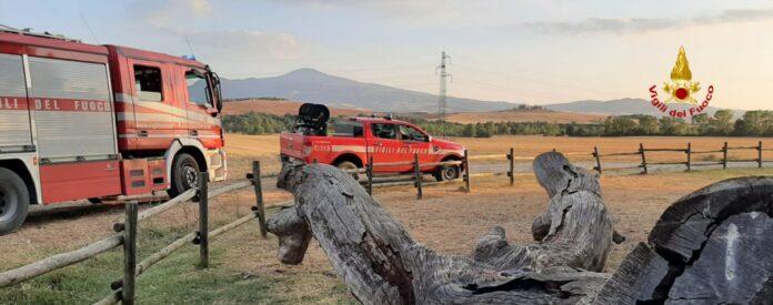 Incendio nell'area protetta della Quercia delle Checche