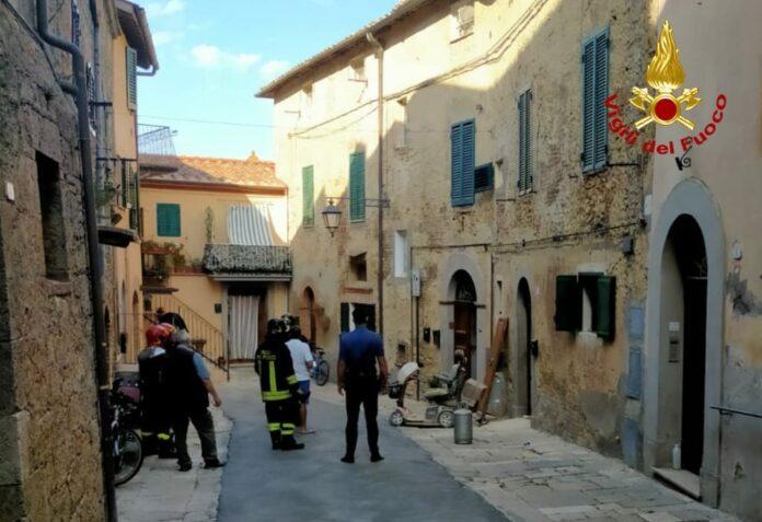 Sarteano: esplode bombola a gas in casa, 92enne salvo per miracolo