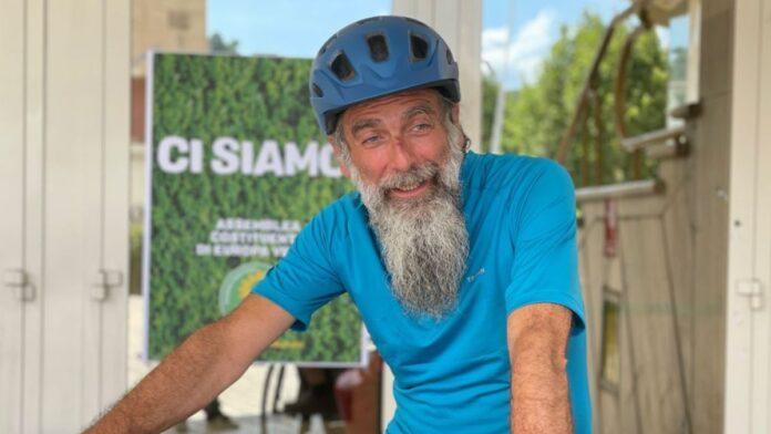 """""""Clima Tour"""", Mascia arriva a Roma dopo oltre 2000 kilometri in bici"""