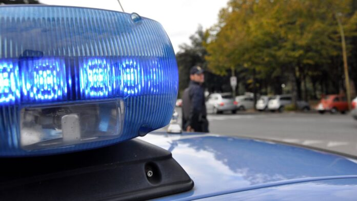 """Chiusi: furto ad anziana con la tecnica dei """"soldi nel frigorifero"""", Polizia acciuffa due ladri"""