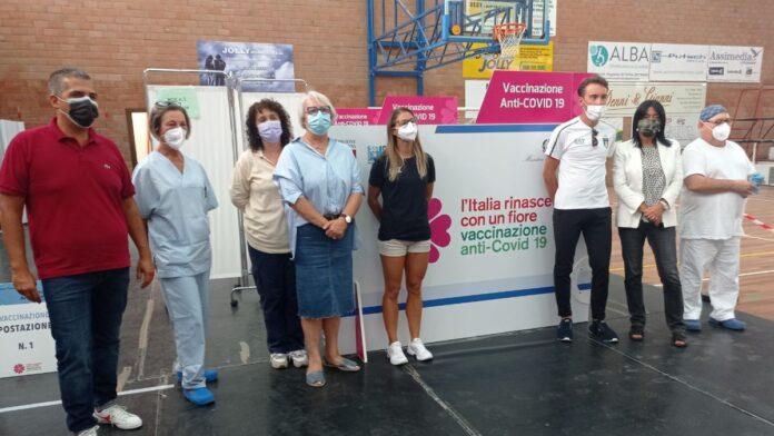 Poggibonsi: Bettiol e Siragusa, la coppia olimpica sul parquet del Bernino per spingere la vaccinazione