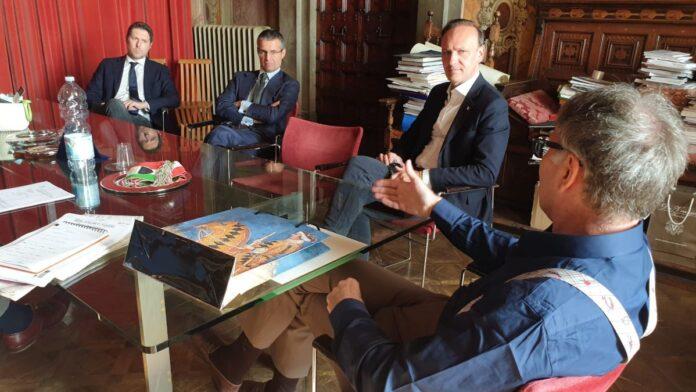 Palio, De Mossi incontra il sottosegretario Molteni: ribadita la volontà di correre nel 2022