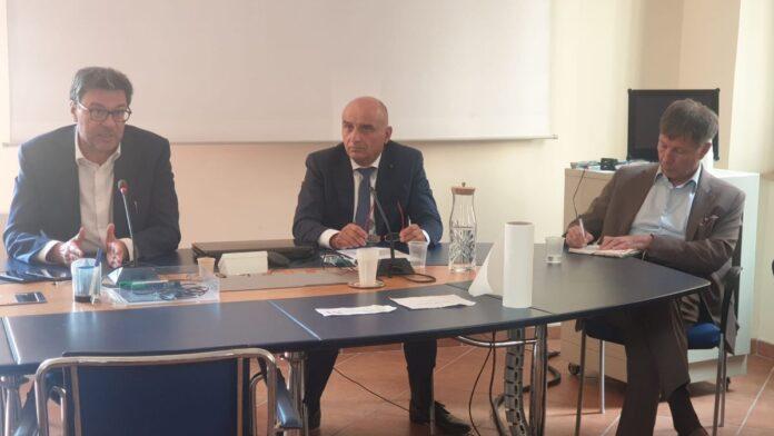 """Il ministro Giorgetti in visita a TLS: """"In arrivo molti investimenti"""""""